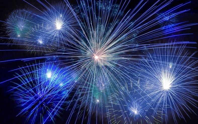fireworks-cubs
